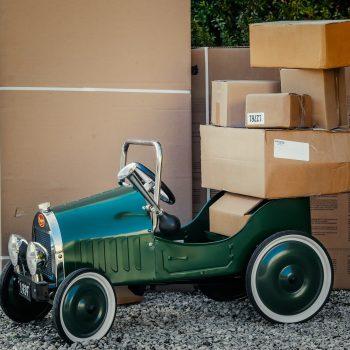 hiring a courier service